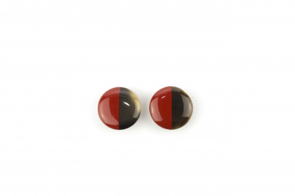 disc earrings with ear-clip and red lacquer